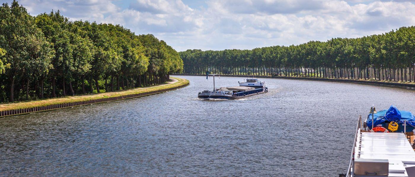 畅游莱茵河,流动的音符_图1-33