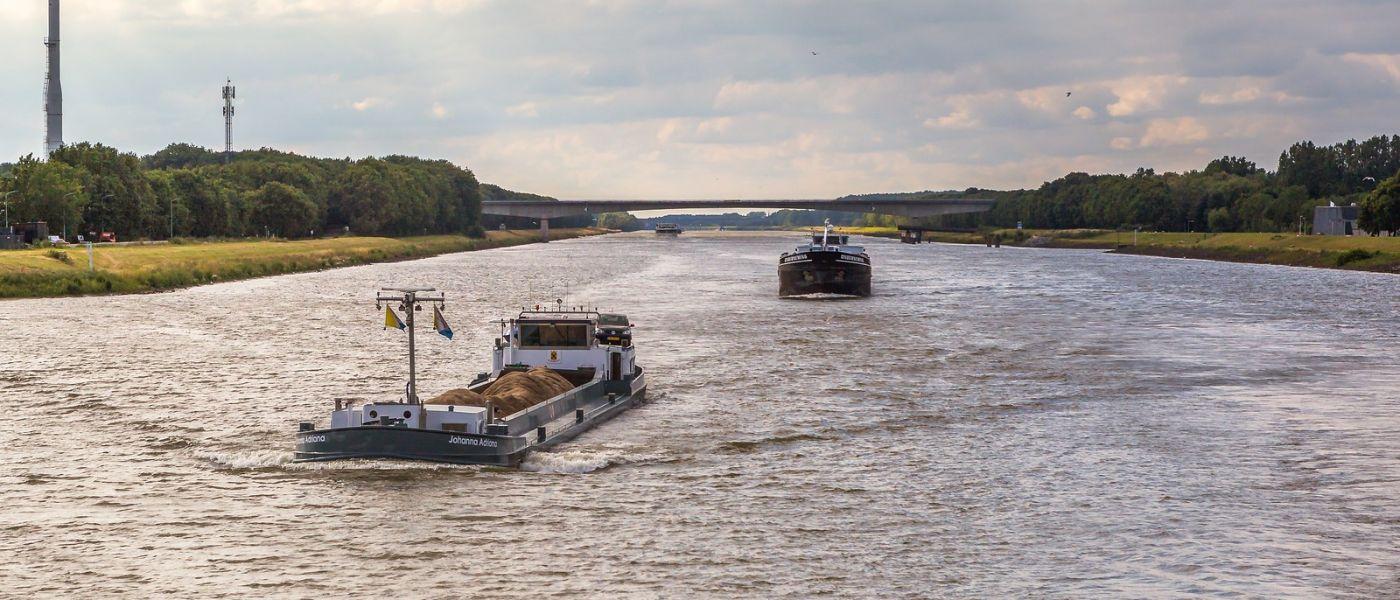 畅游莱茵河,流动的音符_图1-38
