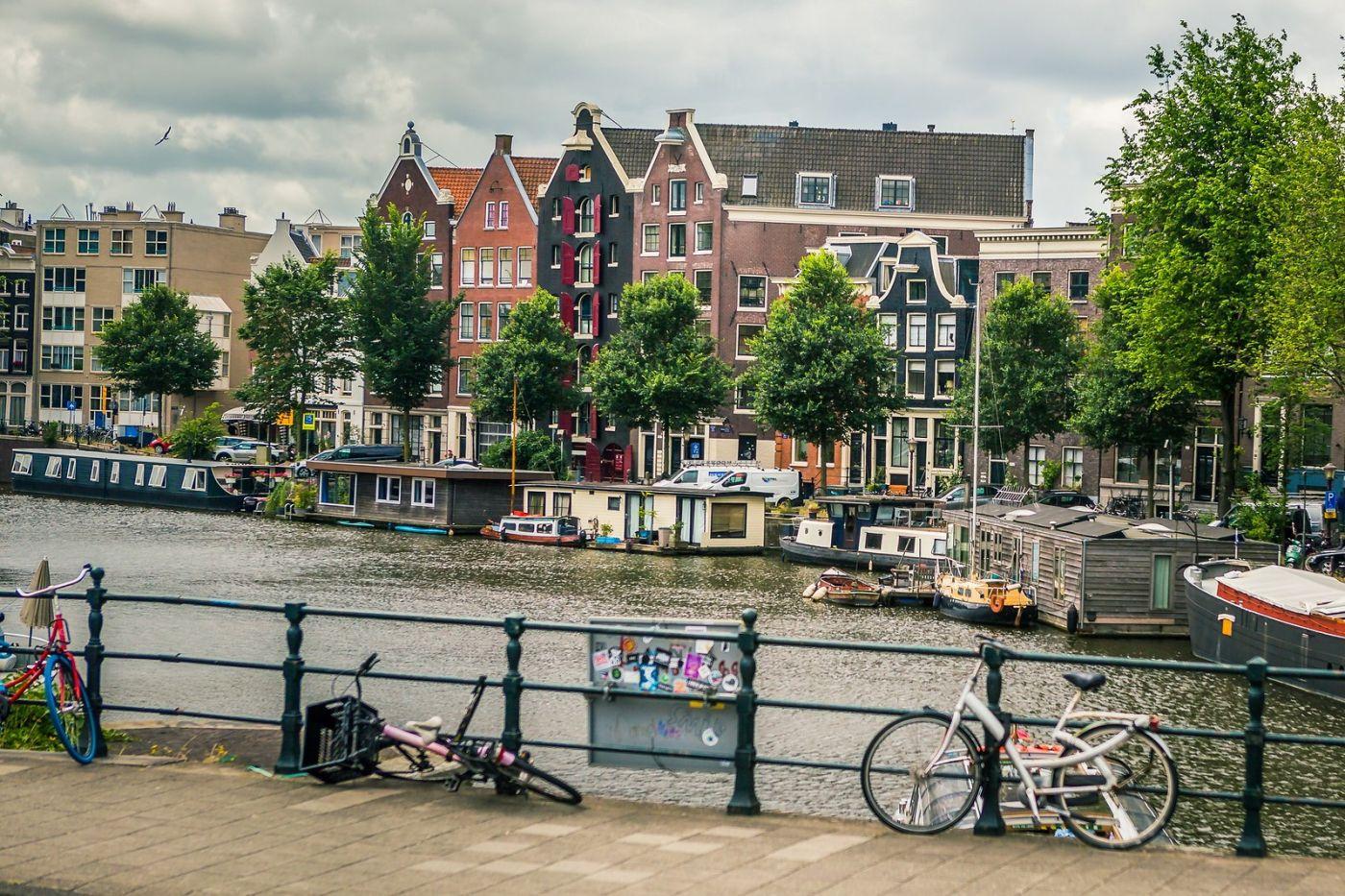 荷兰阿姆斯特丹,穿梭的自行车_图1-22