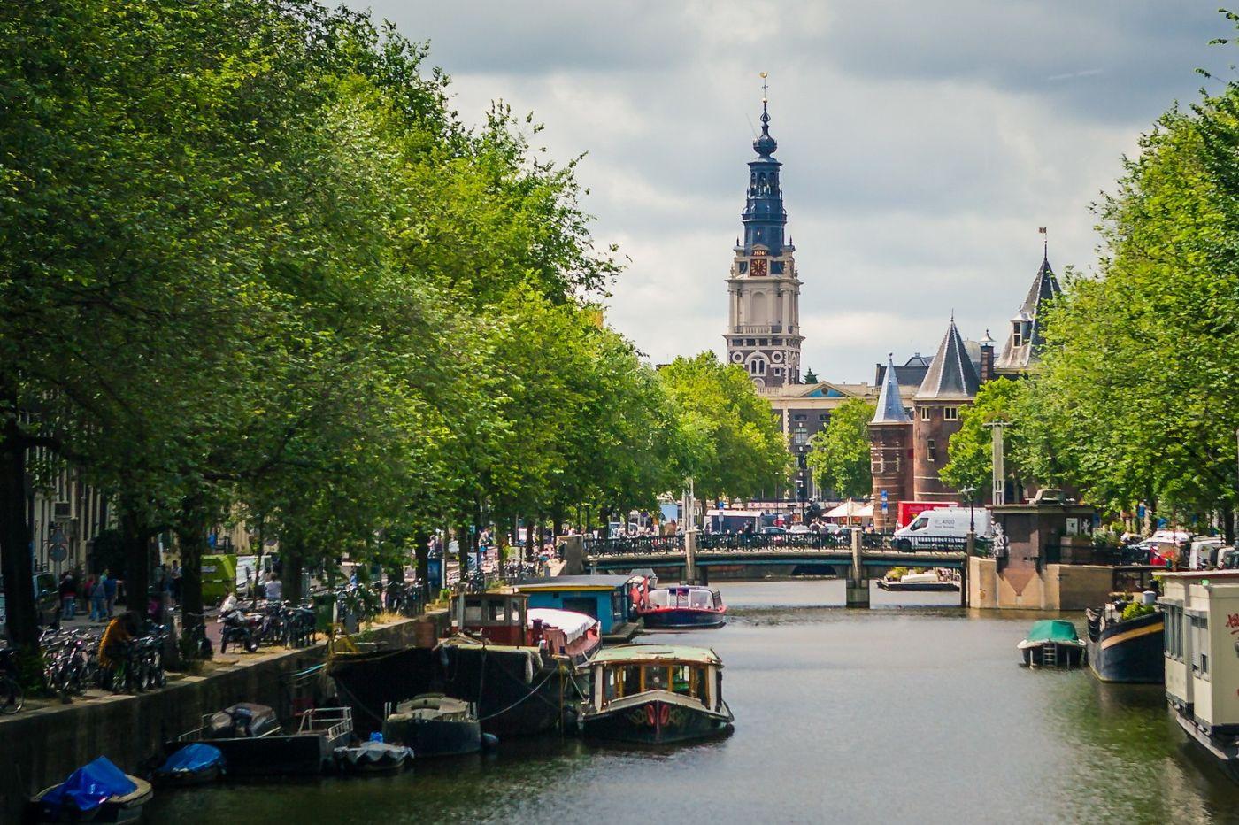 荷兰阿姆斯特丹,穿梭的自行车_图1-24