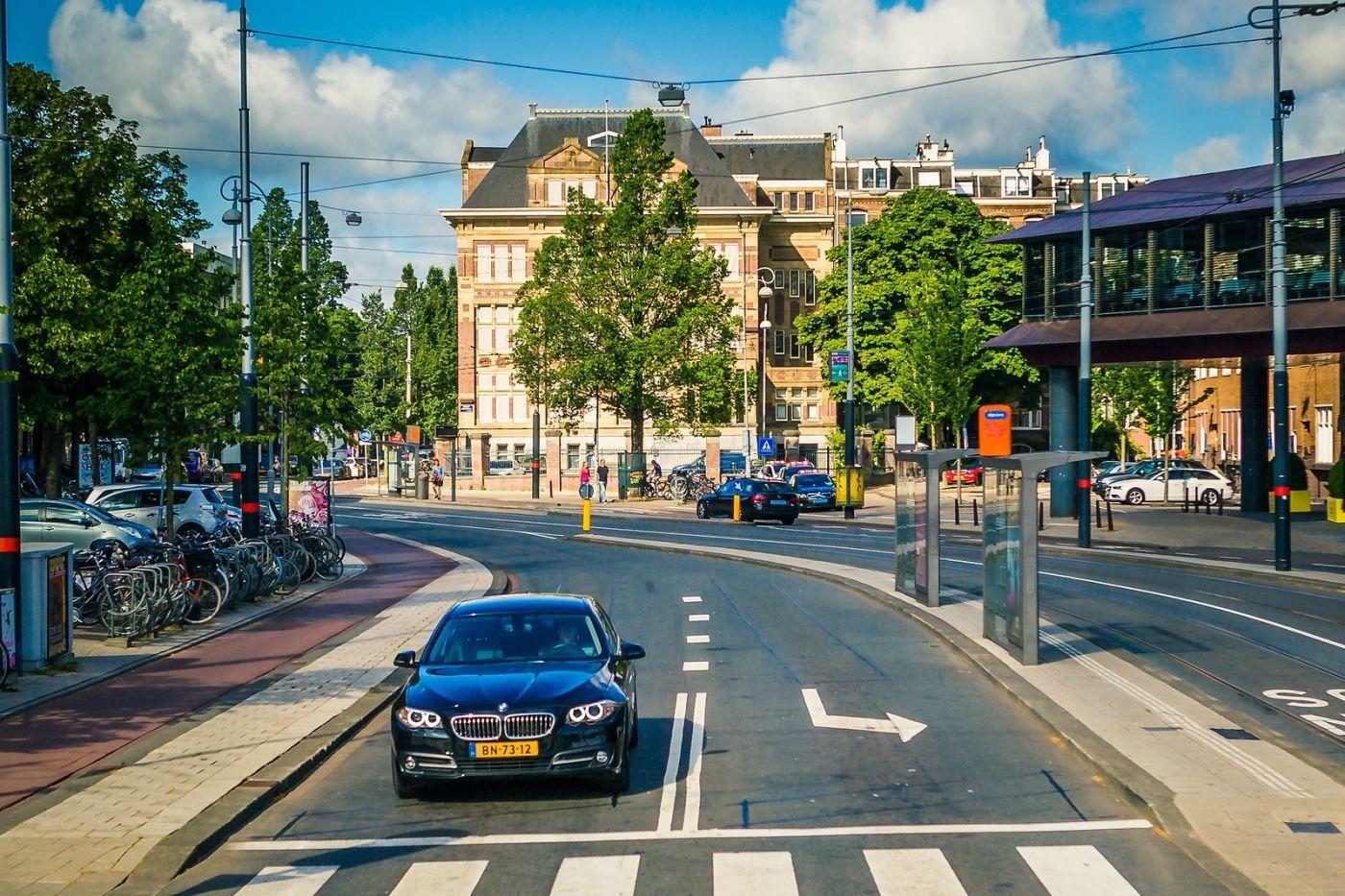 荷兰阿姆斯特丹,穿梭的自行车_图1-13