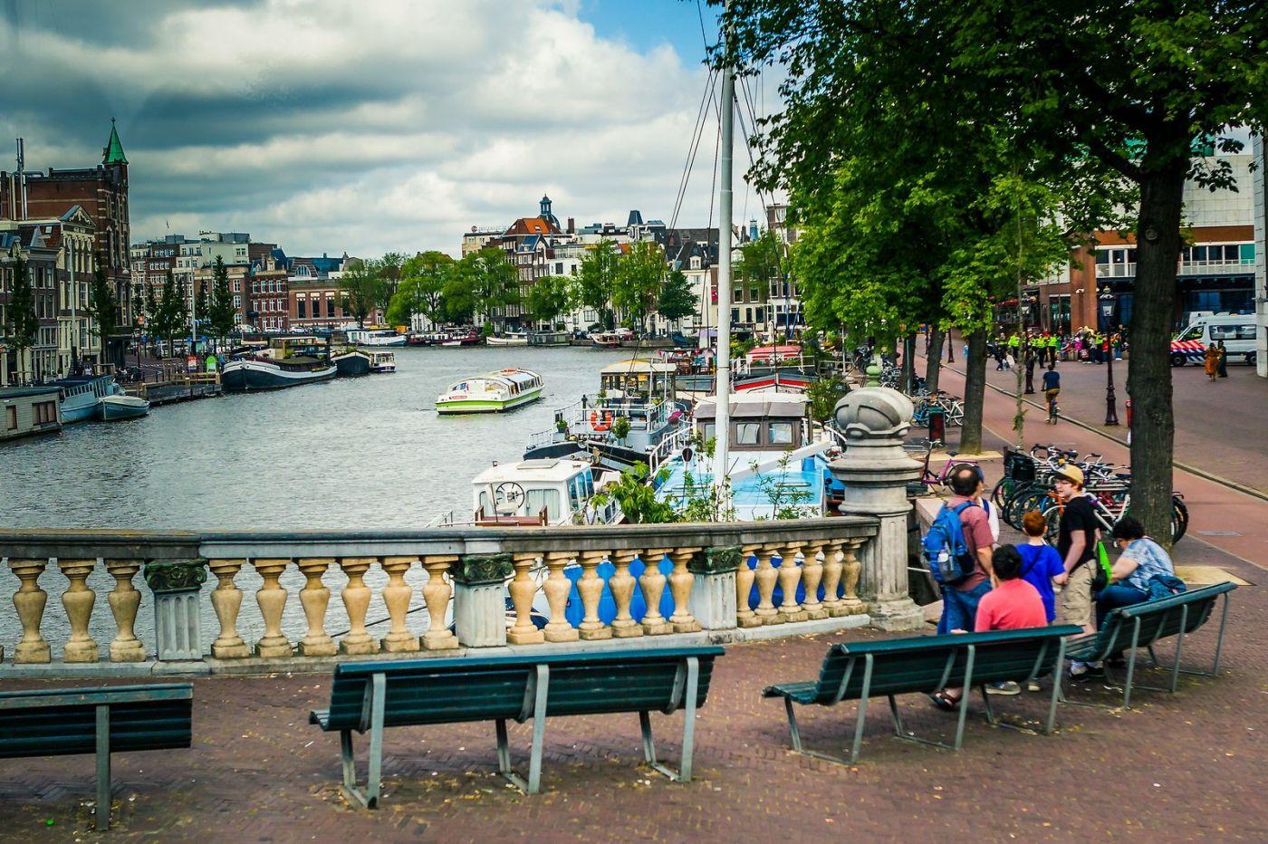 荷兰阿姆斯特丹,穿梭的自行车_图1-6