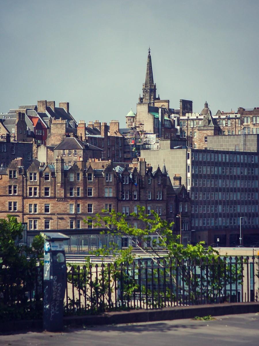 苏格兰爱丁堡,仰头望去_图1-30