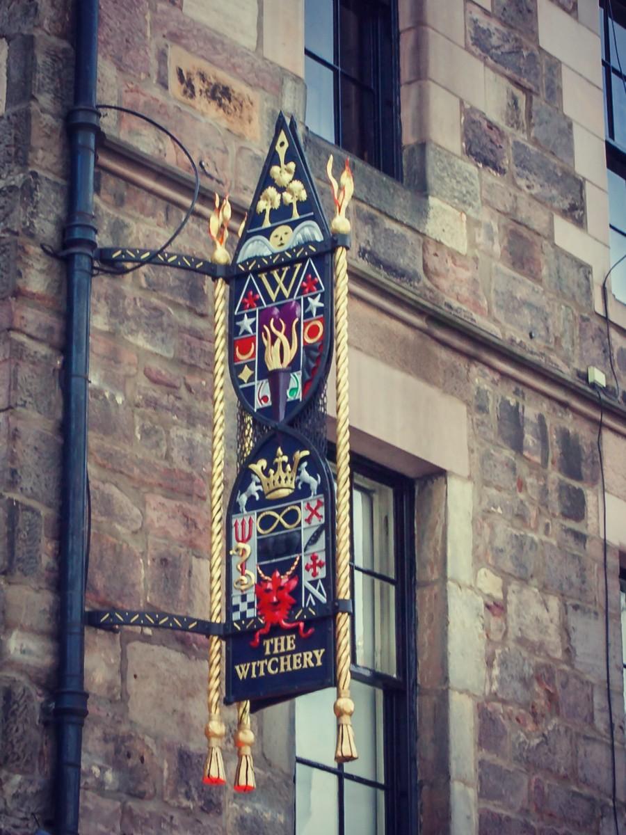 苏格兰爱丁堡,仰头望去_图1-23