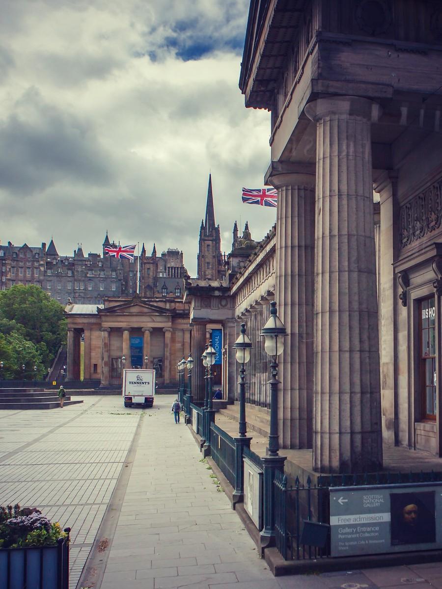 苏格兰爱丁堡,仰头望去_图1-20