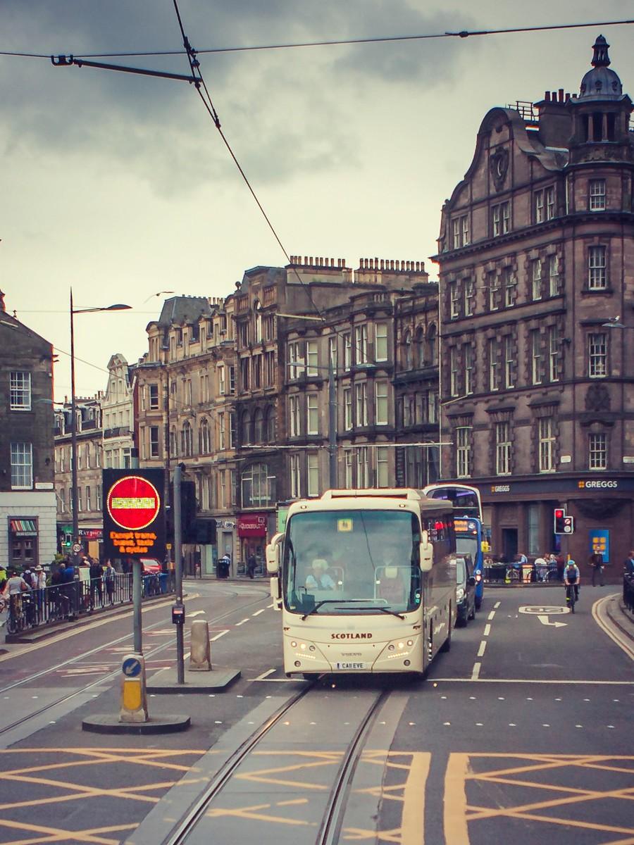 苏格兰爱丁堡,仰头望去_图1-17
