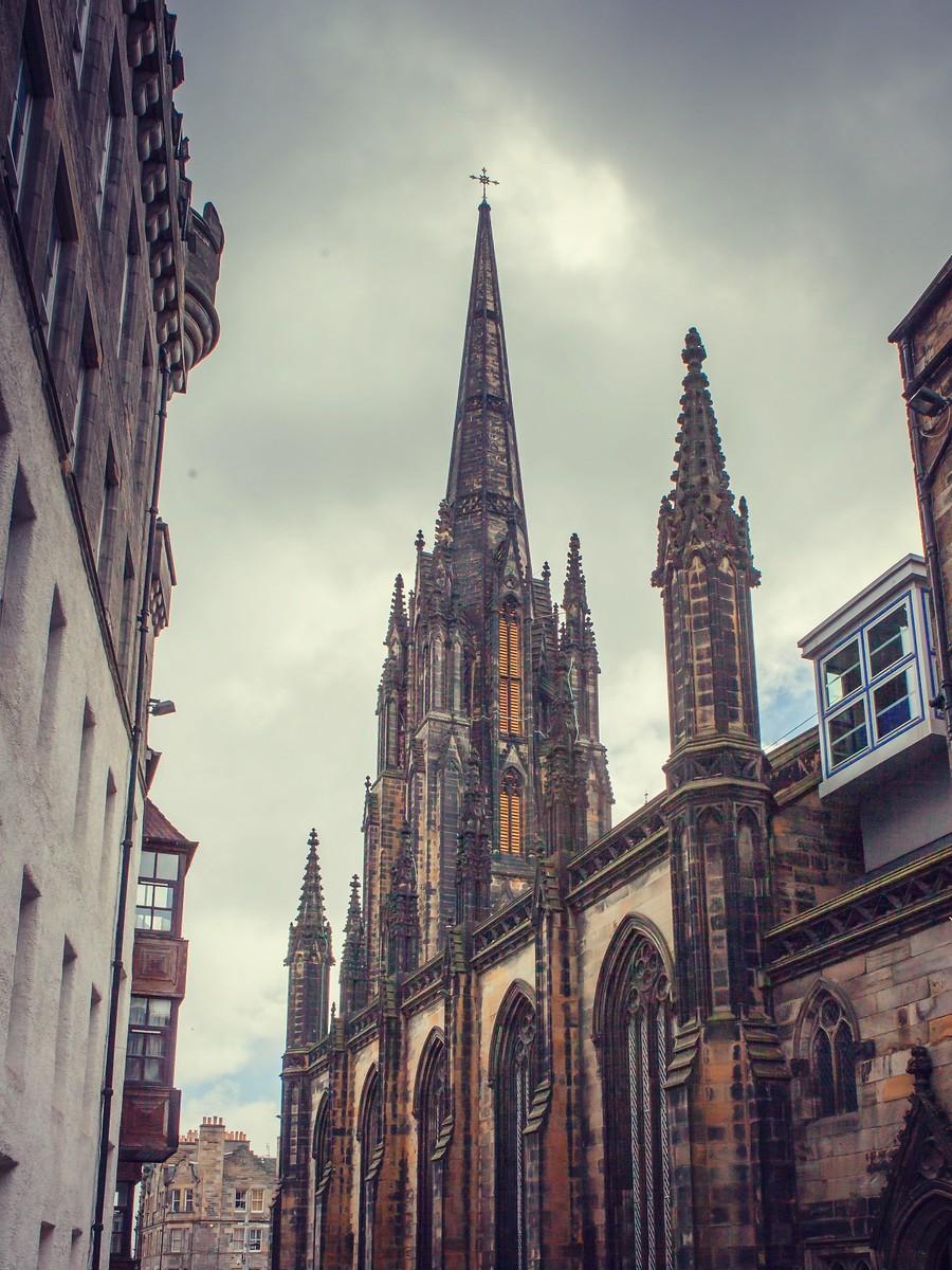苏格兰爱丁堡,仰头望去_图1-7