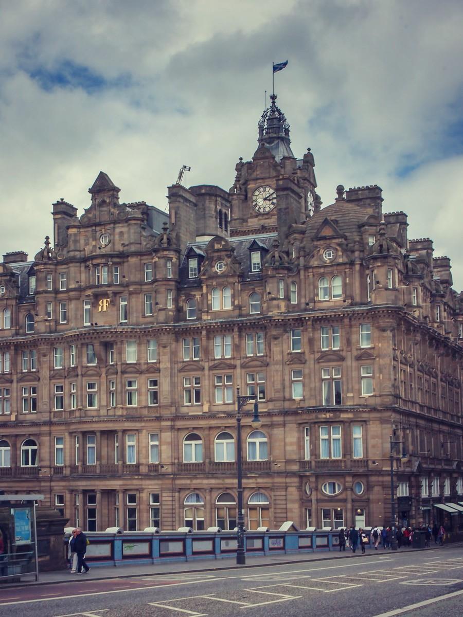 苏格兰爱丁堡,仰头望去_图1-8