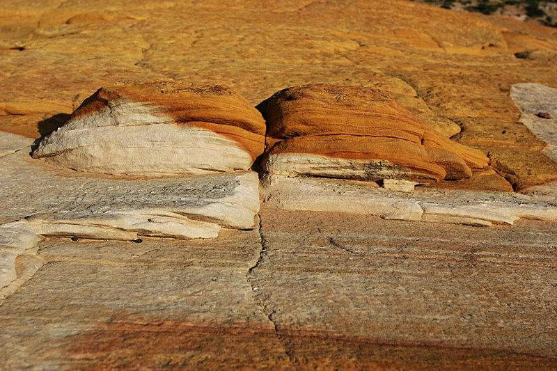 棉花木峡谷之------红岩,白岩与黄岩_图1-14
