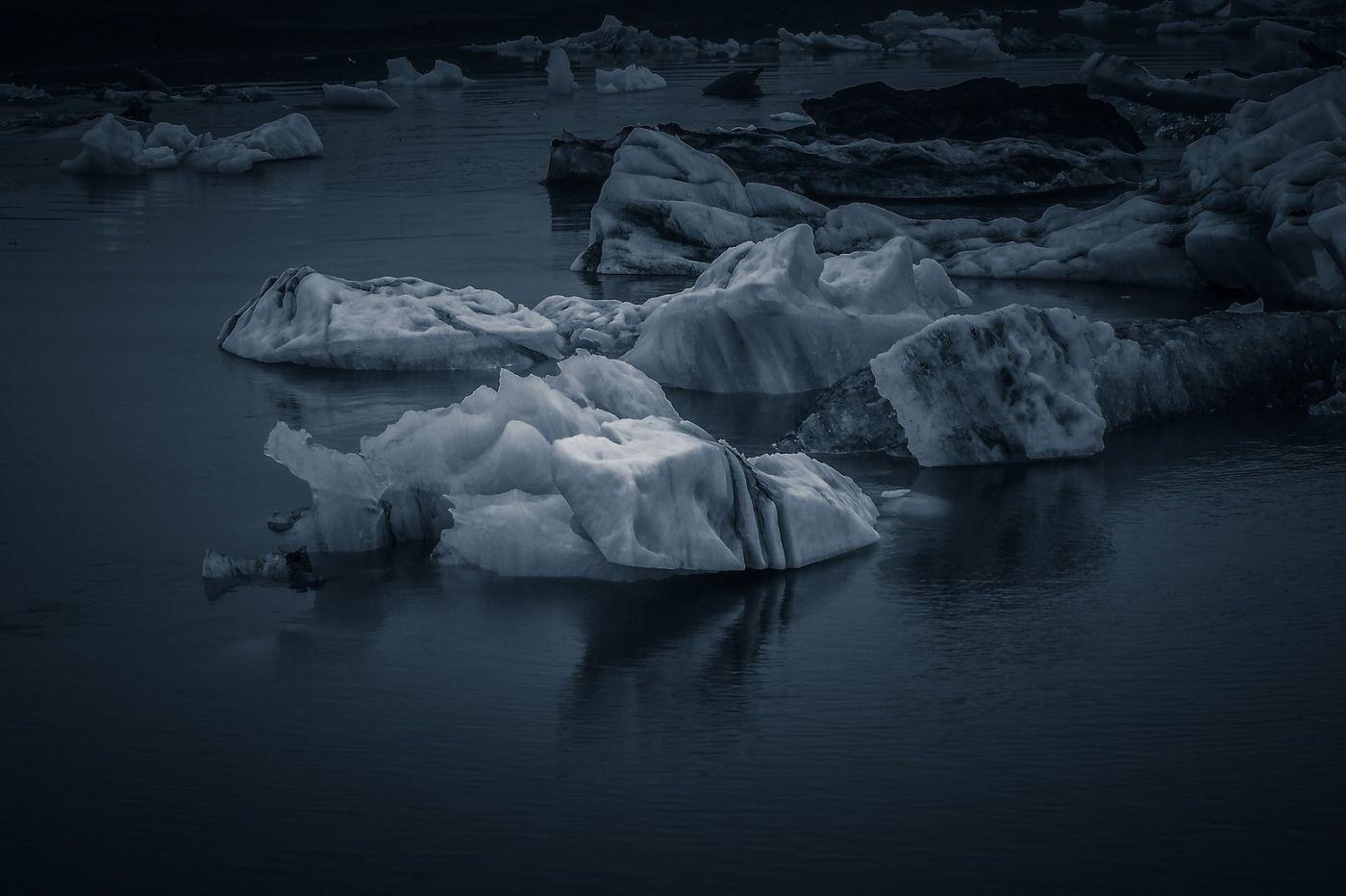 冰岛冰川泻湖(Glacier Lagoon),流动的冰川_图1-20