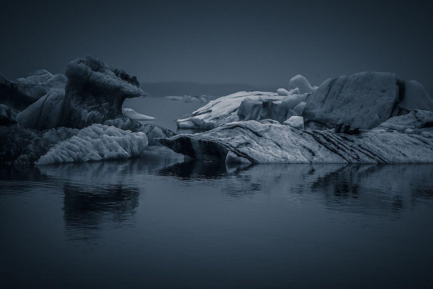 冰岛冰川泻湖(Glacier Lagoon),流动的冰川_图1-26