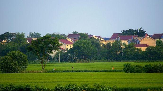中国人在农村有房的恭喜你有好事了!国家新政策来了、这下身价要涨了 ..._图1-11