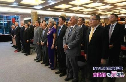 高娓娓:中国驻纽约总领馆隆重举行国庆70周年招待会_图1-2