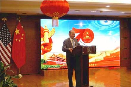 高娓娓:中国驻纽约总领馆隆重举行国庆70周年招待会_图1-4