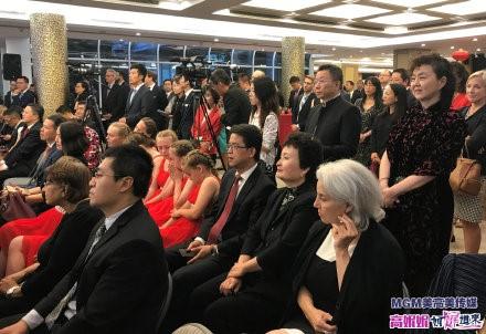 高娓娓:中国驻纽约总领馆隆重举行国庆70周年招待会_图1-5