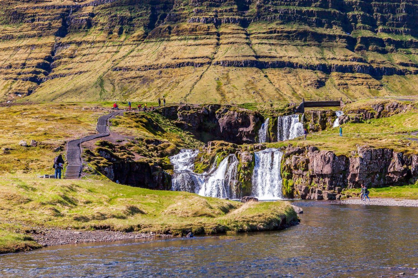 冰岛Kirkjufellsfoss,山脚下的瀑布_图1-18