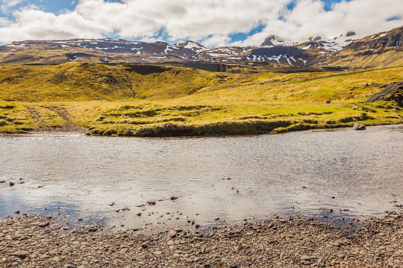 冰岛Kirkjufellsfoss,山脚下的瀑布_图1-20
