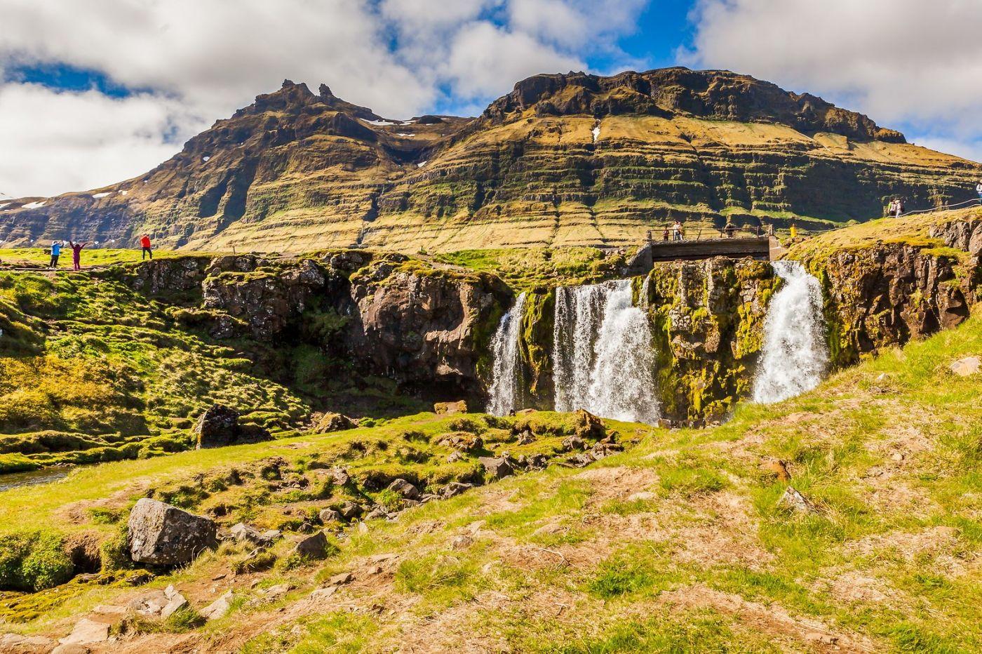 冰岛Kirkjufellsfoss,山脚下的瀑布_图1-10