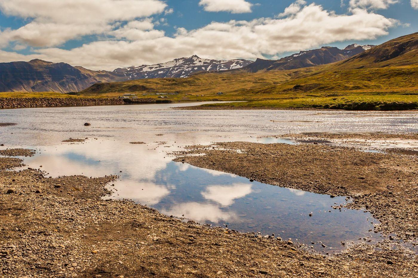 冰岛Kirkjufellsfoss,山脚下的瀑布_图1-2