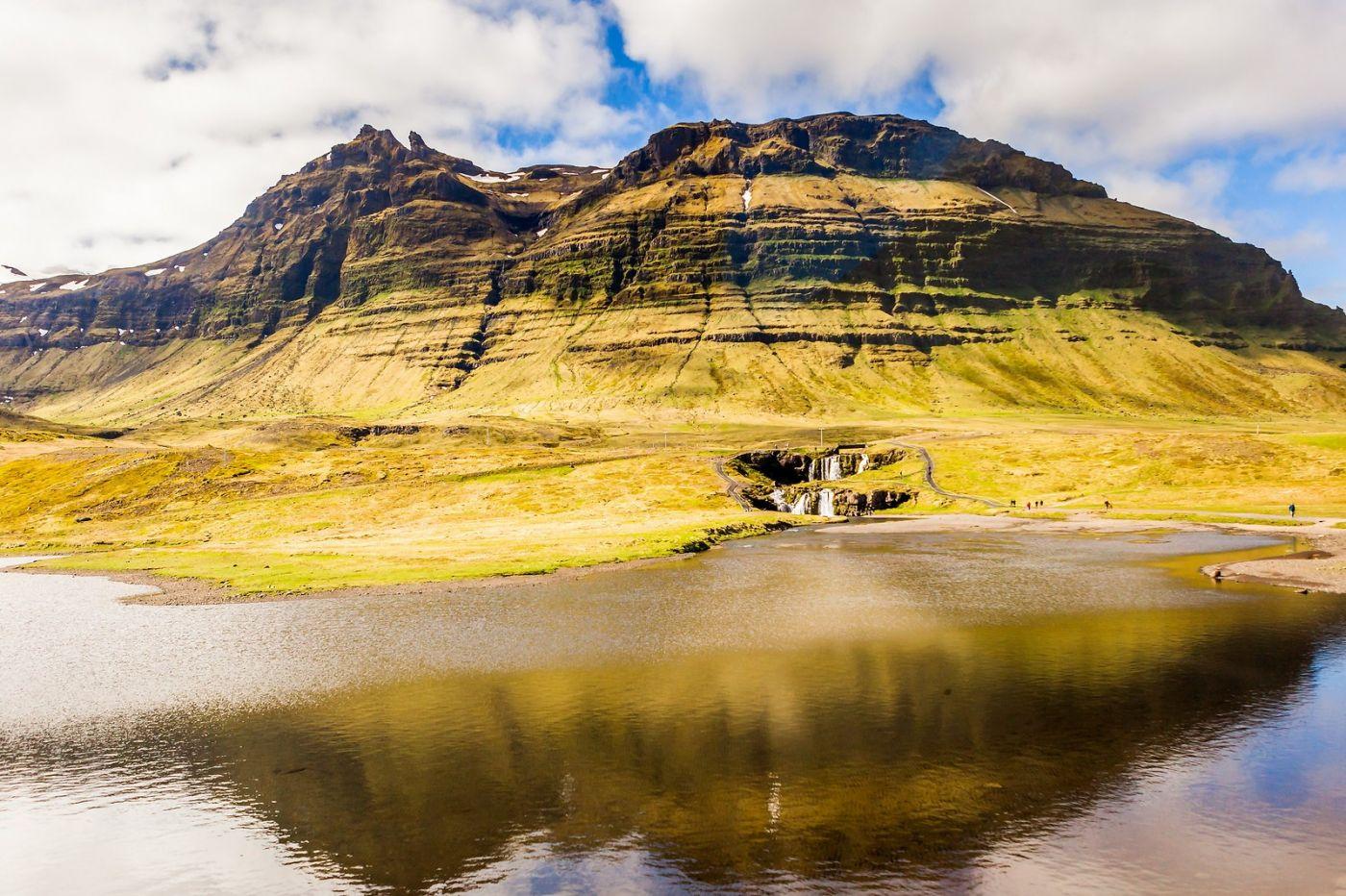 冰岛Kirkjufellsfoss,山脚下的瀑布_图1-3