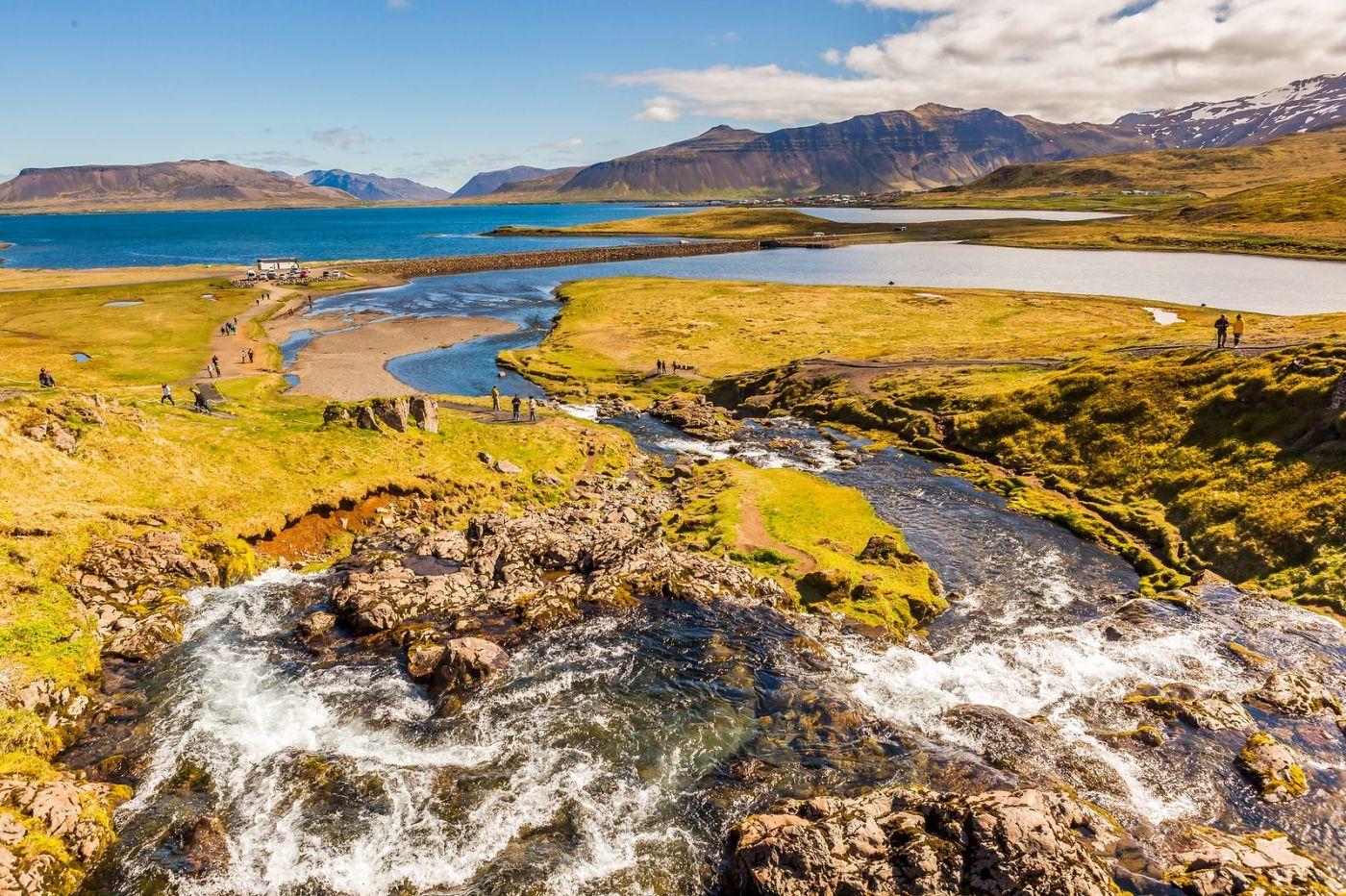 冰岛Kirkjufellsfoss,山脚下的瀑布_图1-5