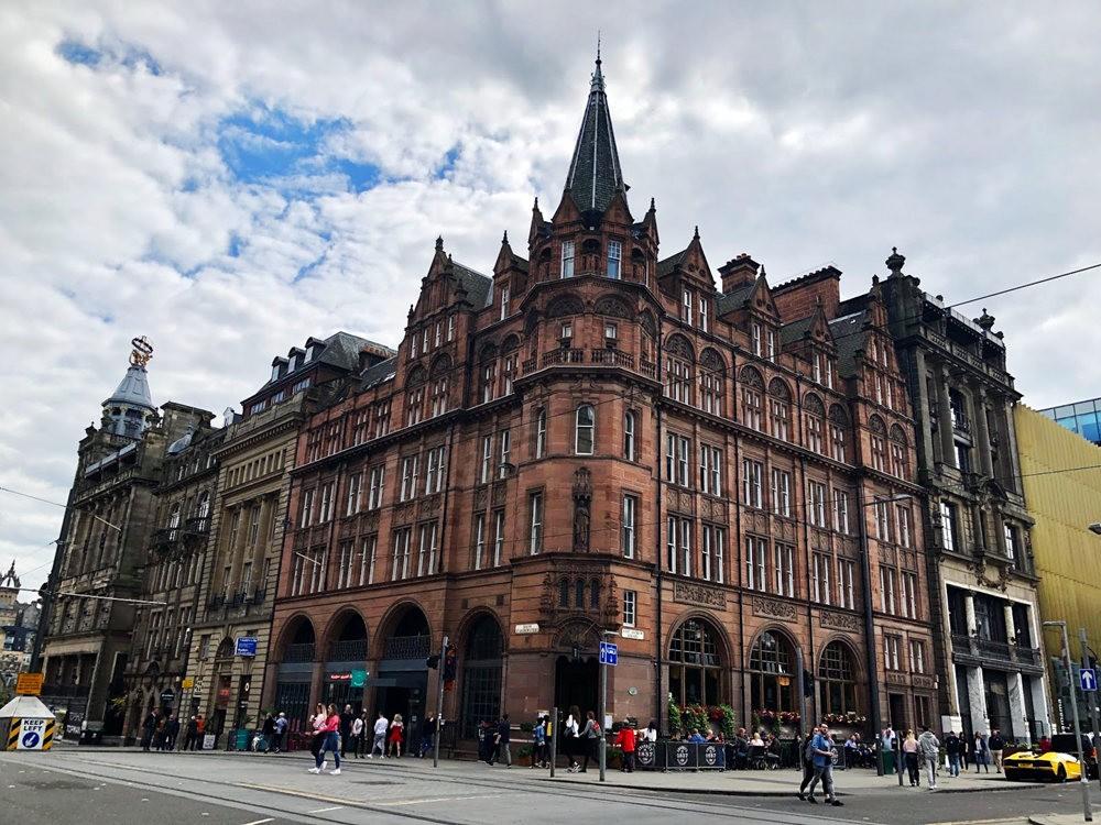 爱丁堡旧城区_图1-1