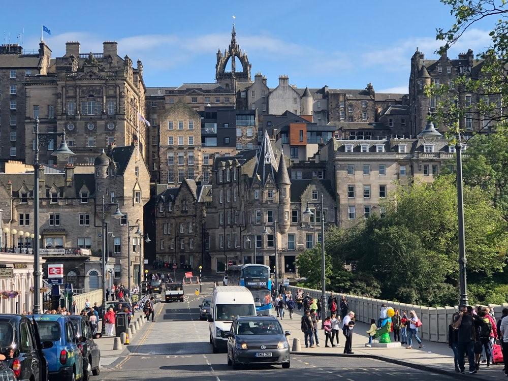 爱丁堡旧城区_图1-7