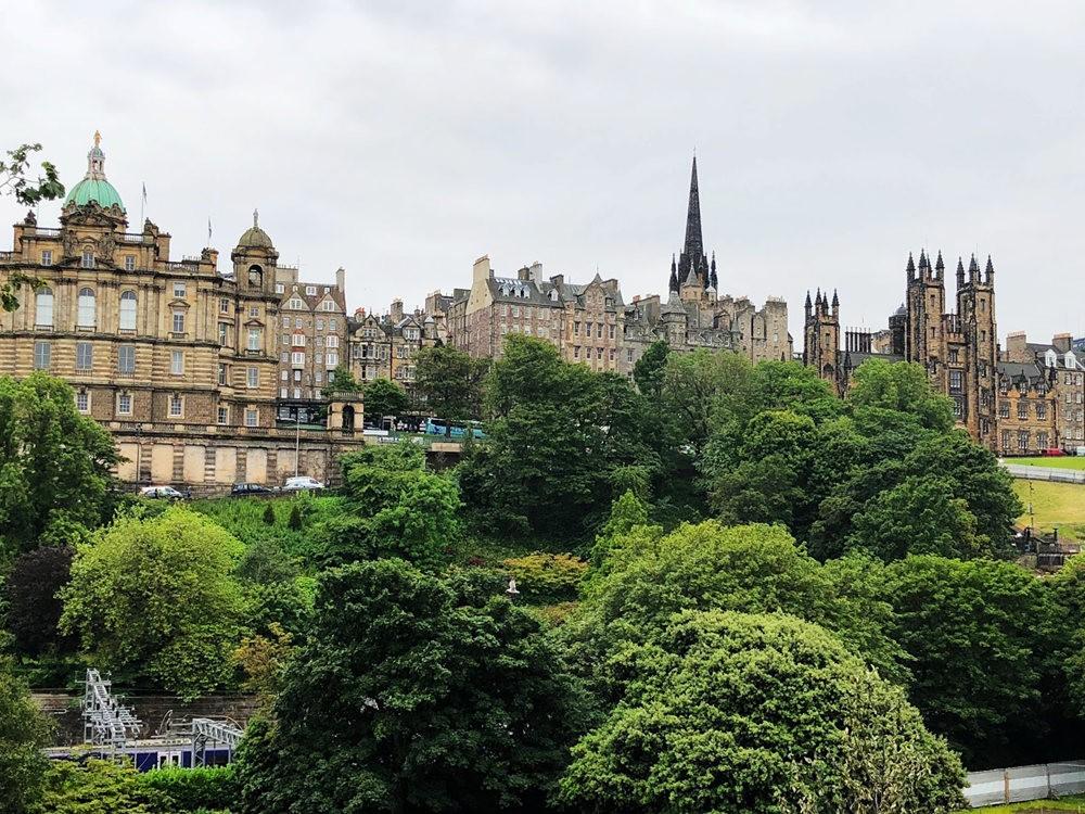 爱丁堡旧城区_图1-12