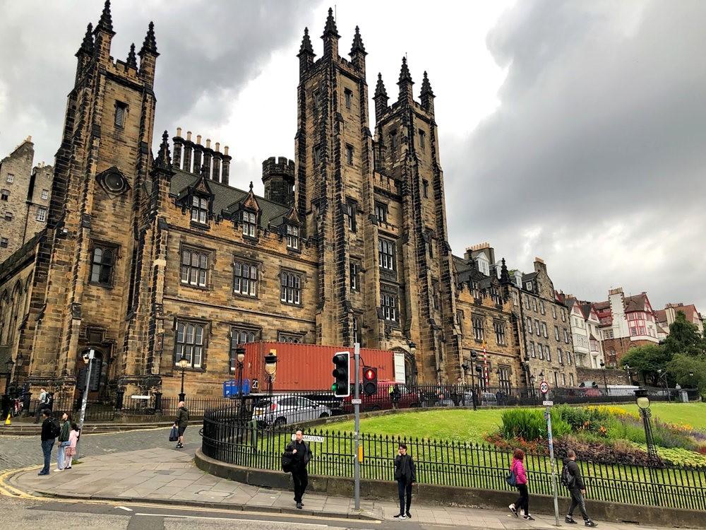 爱丁堡旧城区_图1-15