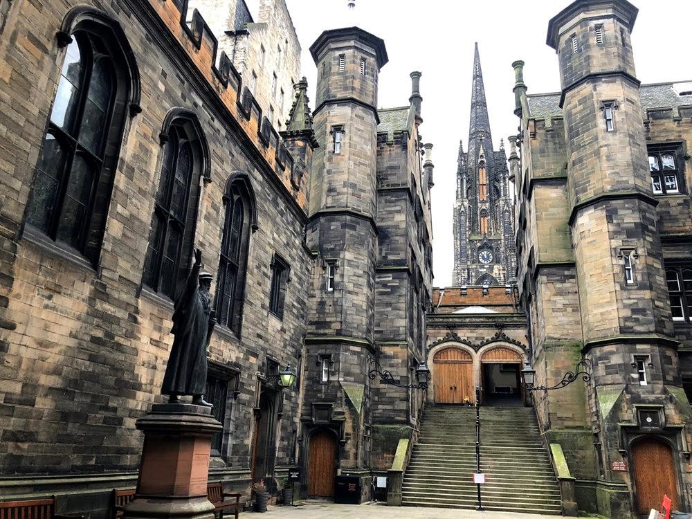 爱丁堡旧城区_图1-16