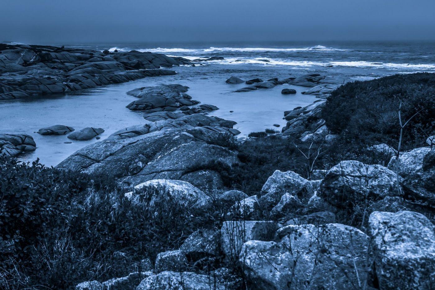 加拿大佩吉海湾(Peggys Cove),礁石上的灯塔_图1-23