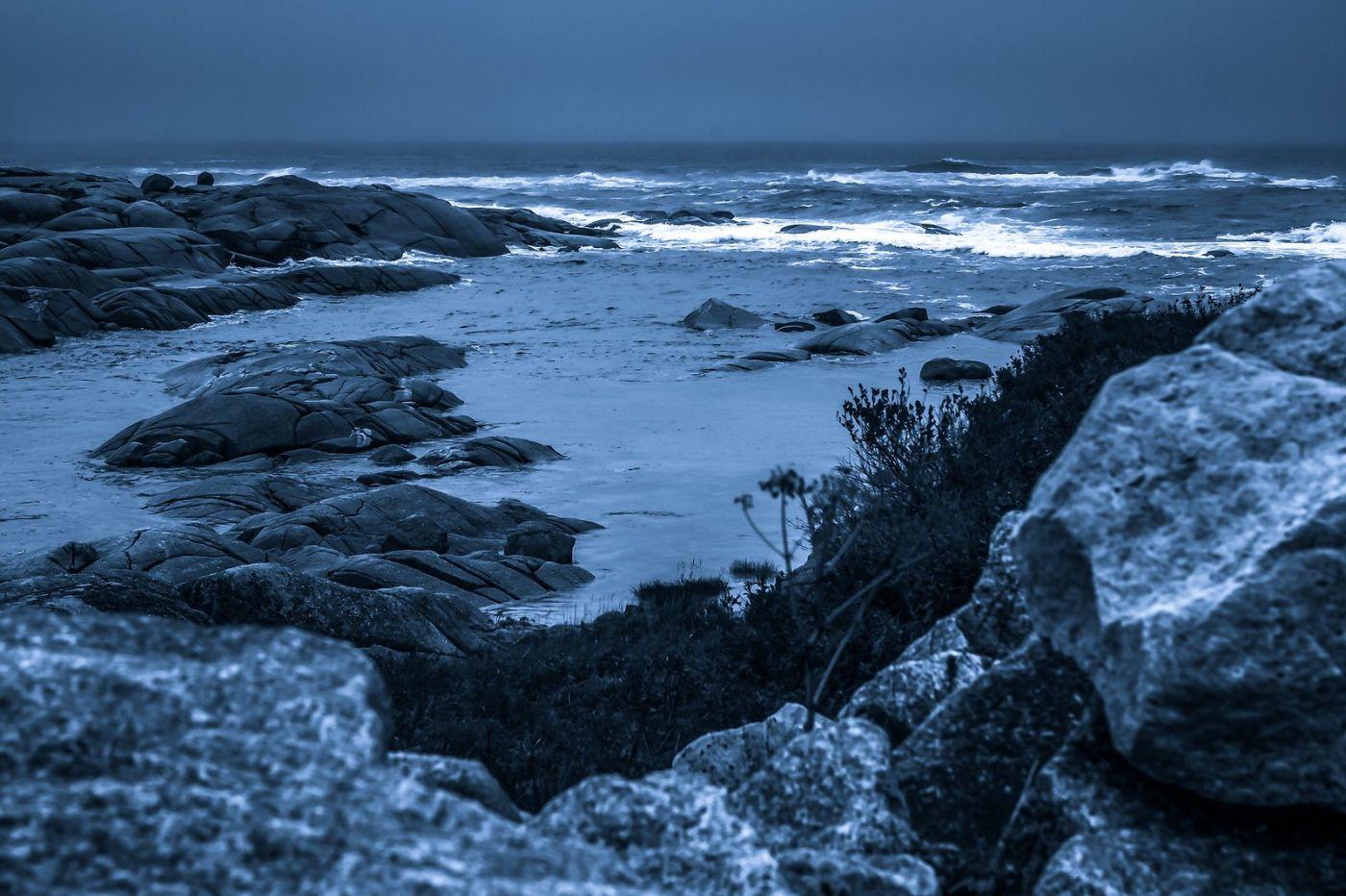 加拿大佩吉海湾(Peggys Cove),礁石上的灯塔_图1-26