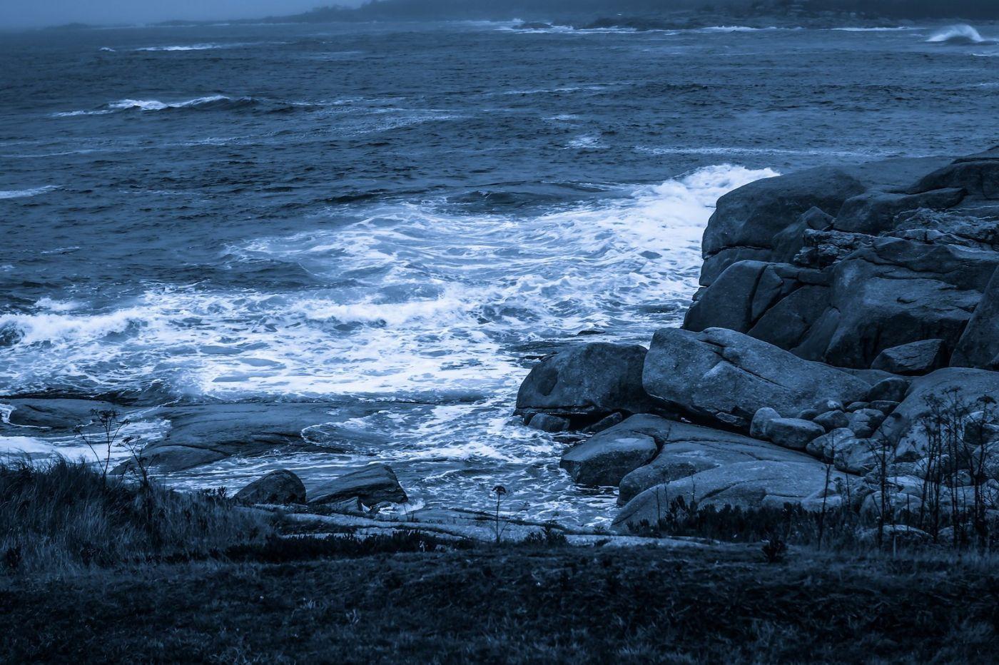 加拿大佩吉海湾(Peggys Cove),礁石上的灯塔_图1-19