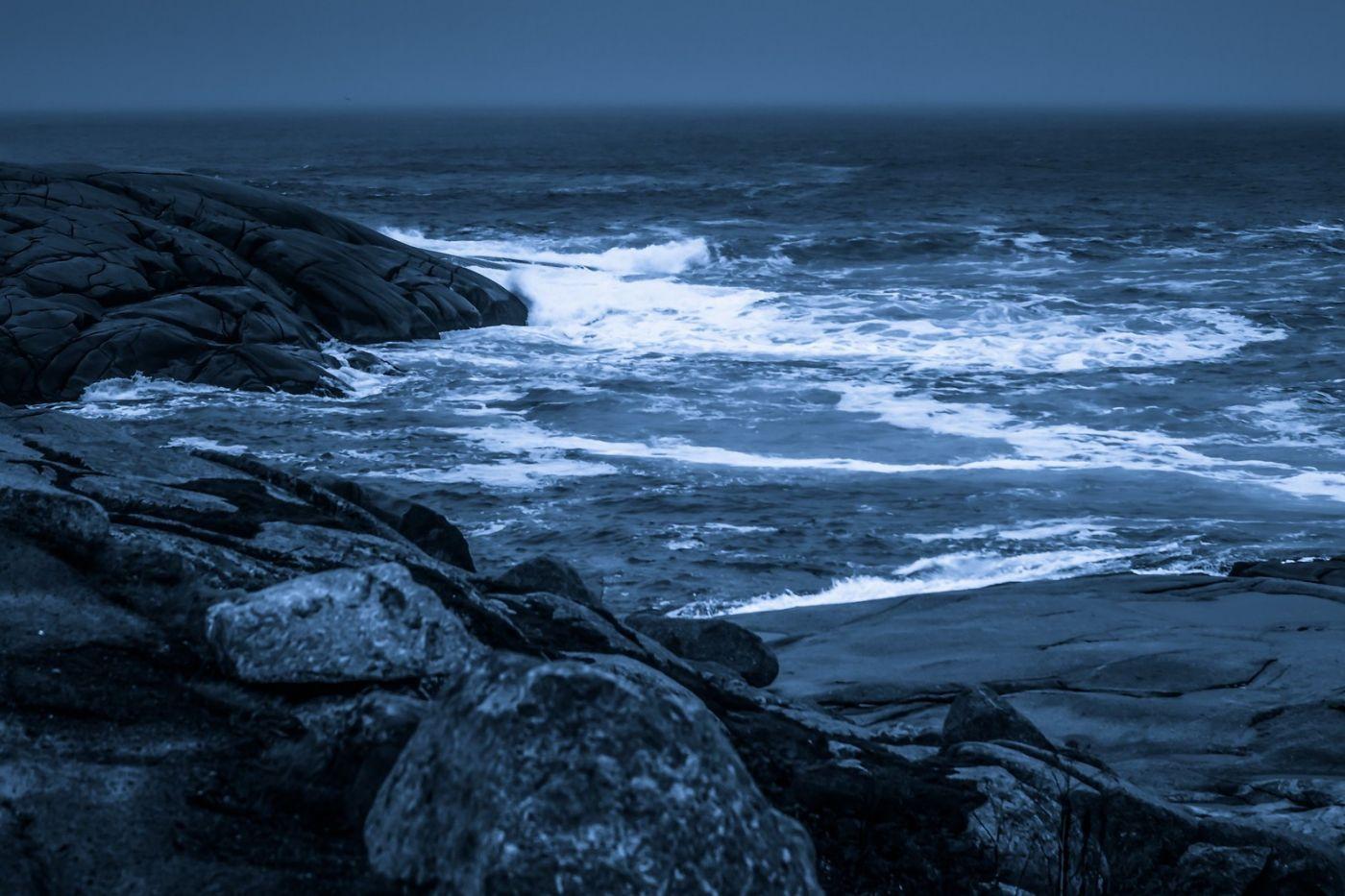 加拿大佩吉海湾(Peggys Cove),礁石上的灯塔_图1-16