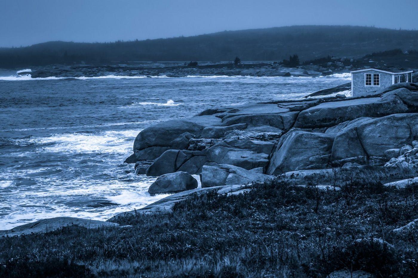 加拿大佩吉海湾(Peggys Cove),礁石上的灯塔_图1-18