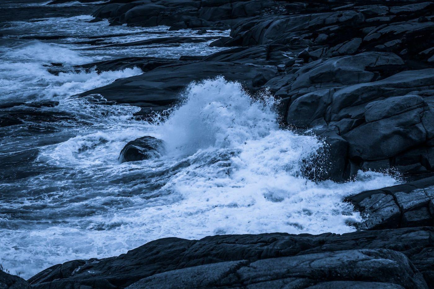 加拿大佩吉海湾(Peggys Cove),礁石上的灯塔_图1-10