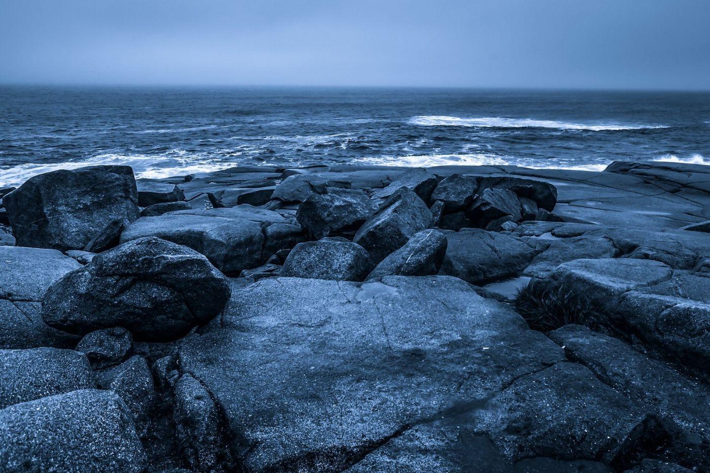 加拿大佩吉海湾(Peggys Cove),礁石上的灯塔_图1-9