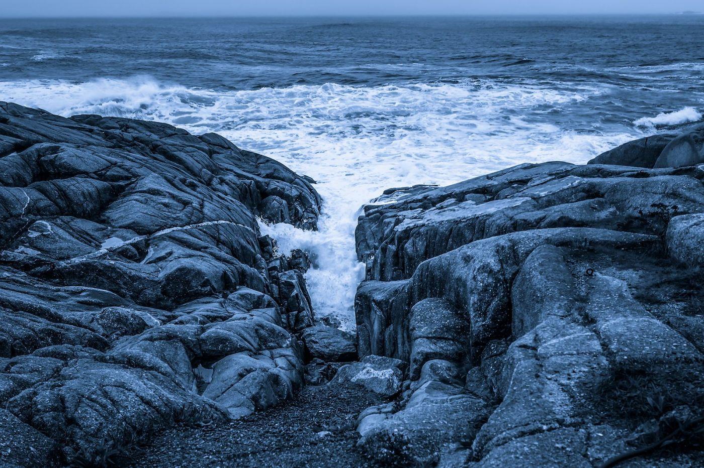 加拿大佩吉海湾(Peggys Cove),礁石上的灯塔_图1-12