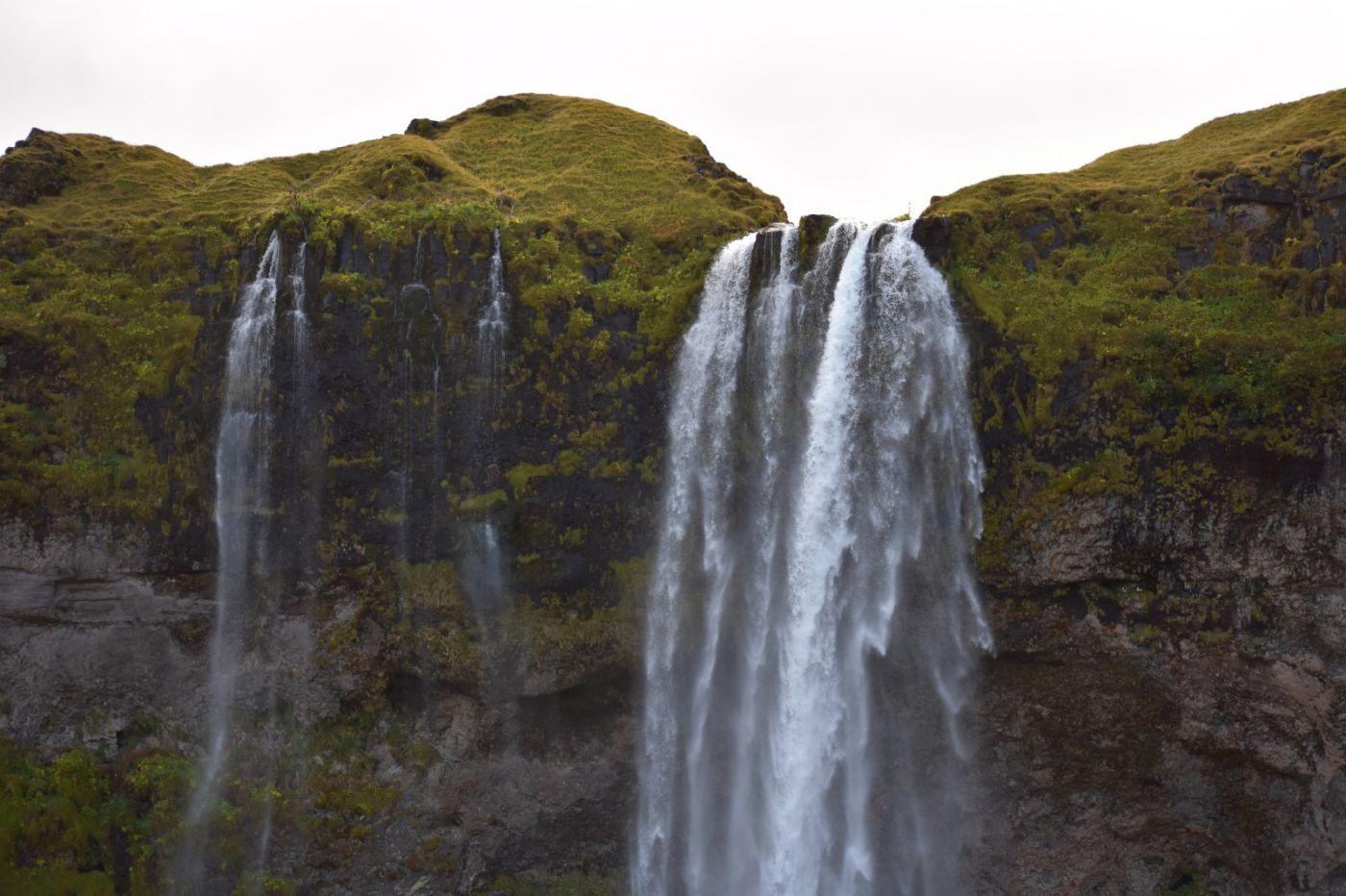 冰岛水帘洞瀑布和彩虹瀑布_图1-2