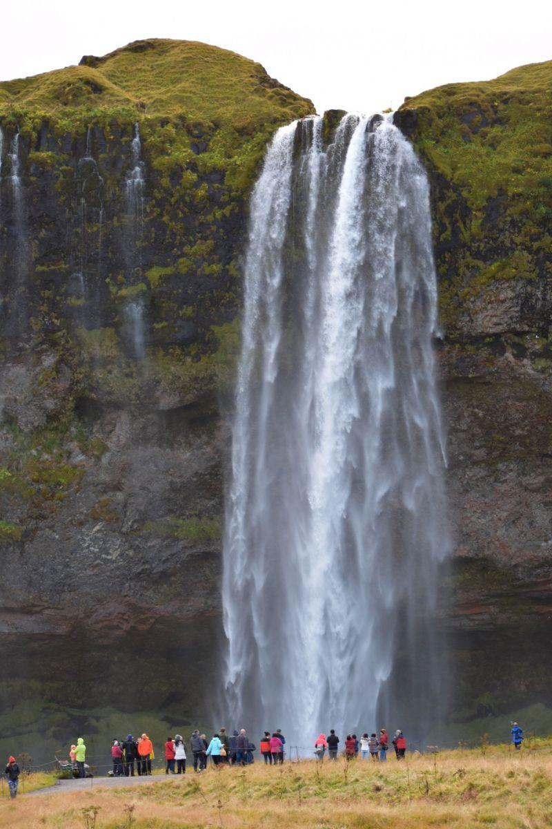 冰岛水帘洞瀑布和彩虹瀑布_图1-3