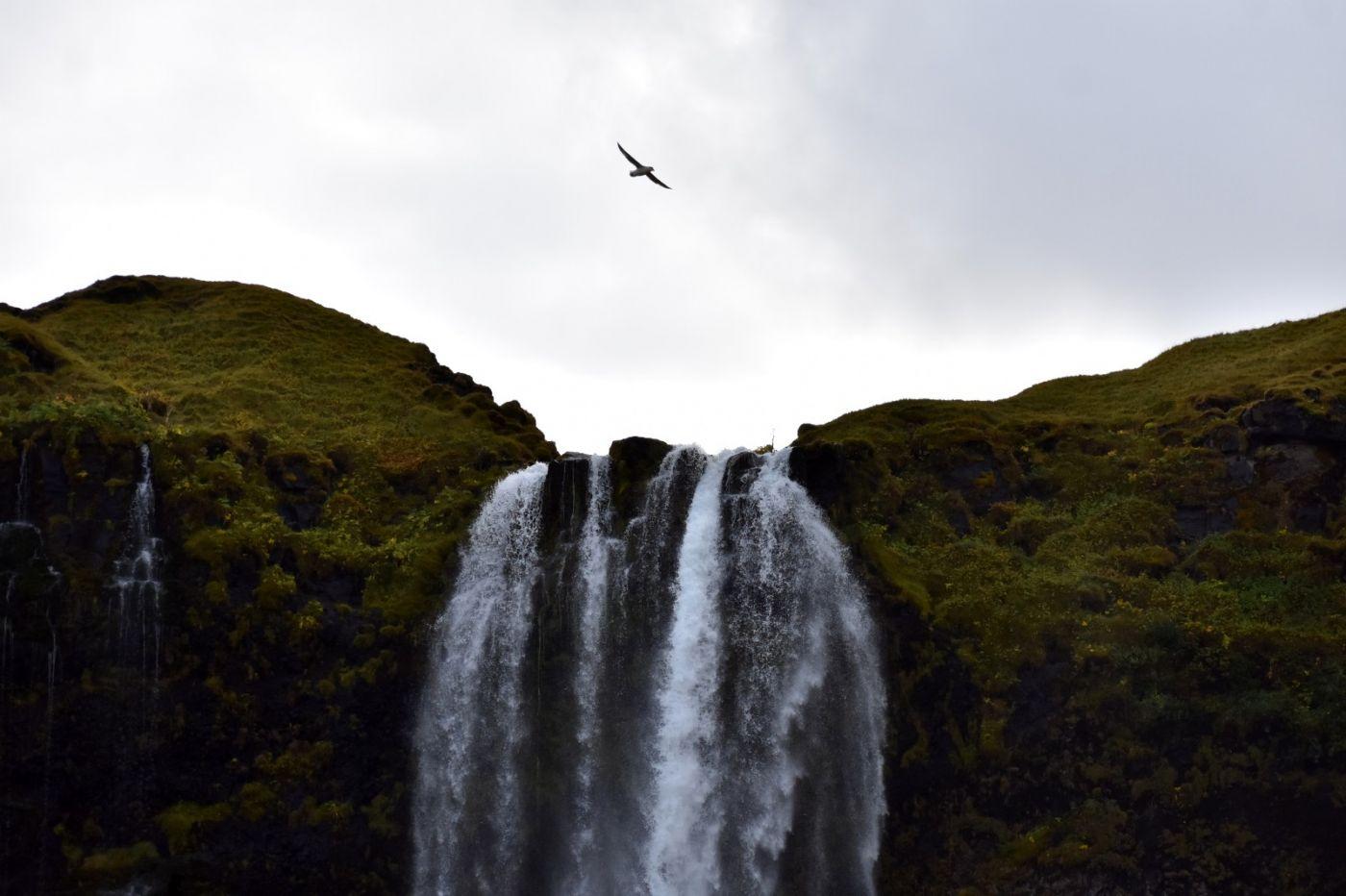 冰岛水帘洞瀑布和彩虹瀑布_图1-4