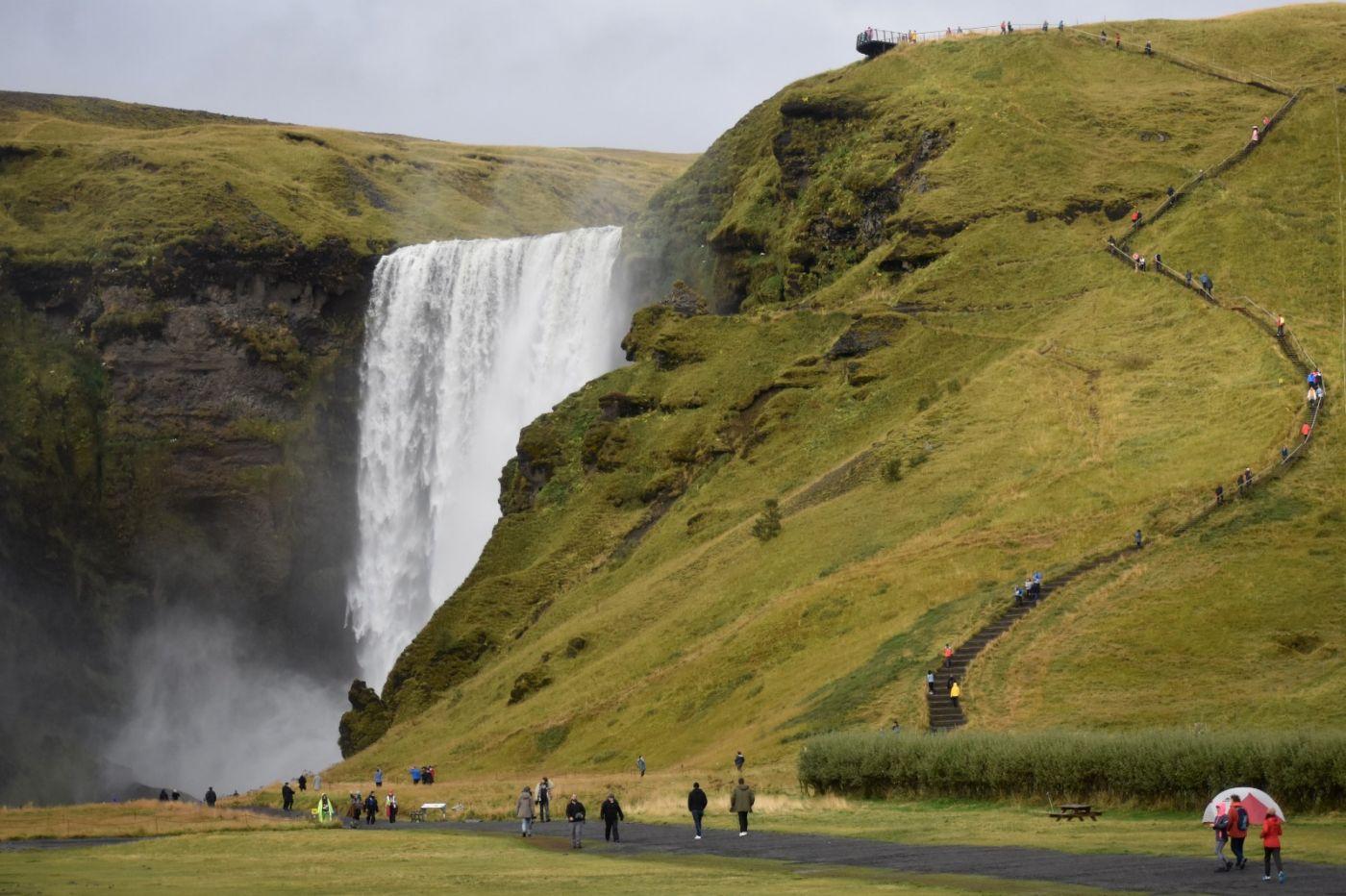 冰岛水帘洞瀑布和彩虹瀑布_图1-19