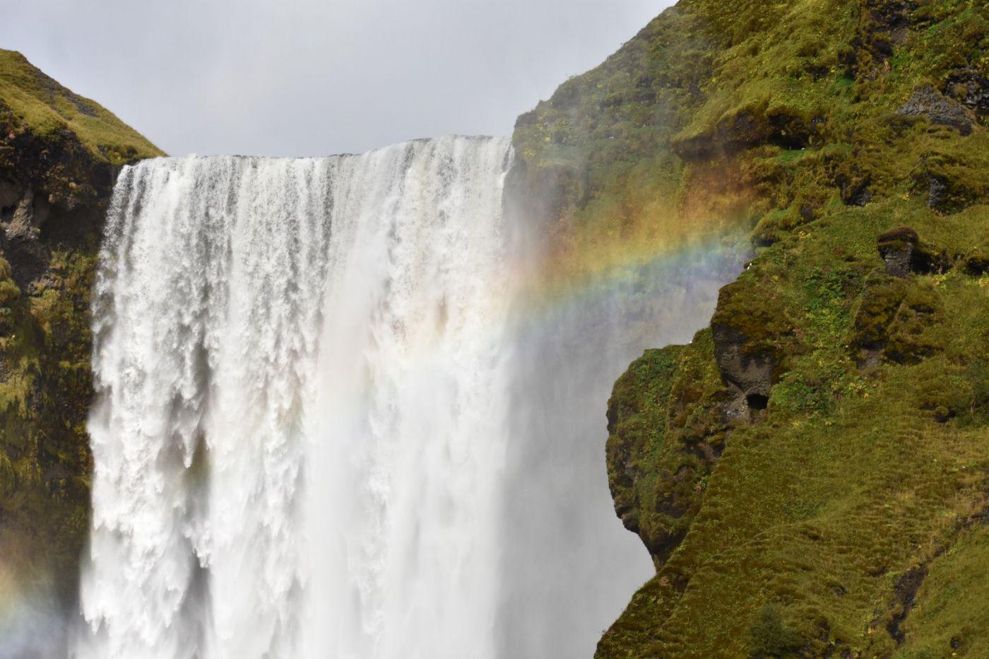 冰岛水帘洞瀑布和彩虹瀑布_图1-25