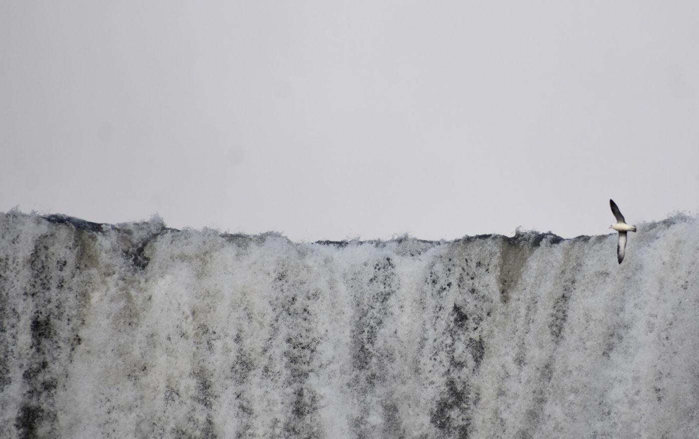 冰岛水帘洞瀑布和彩虹瀑布_图1-26
