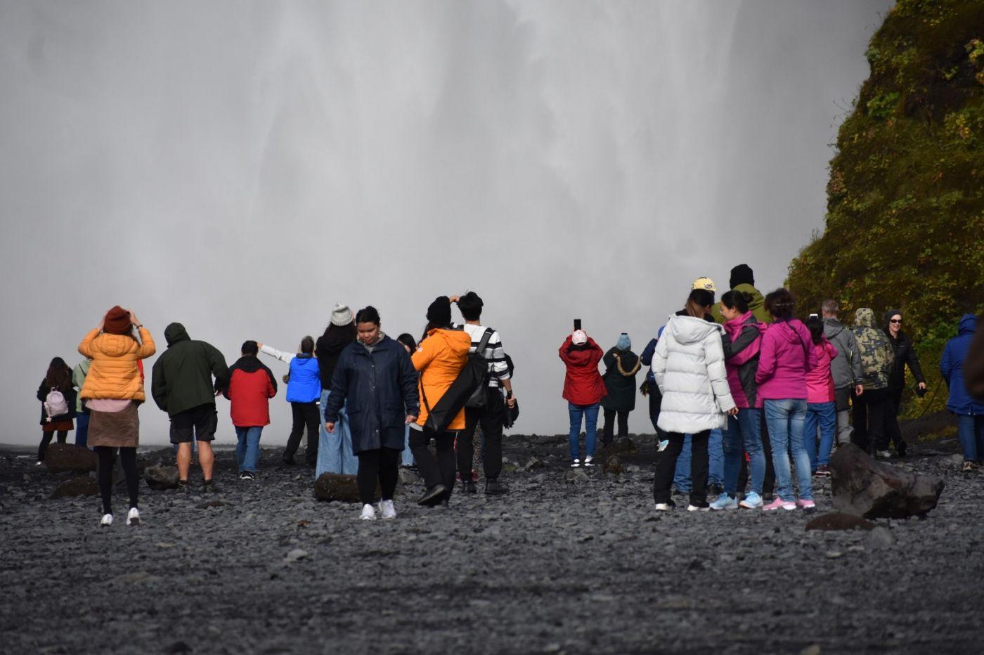 冰岛水帘洞瀑布和彩虹瀑布_图1-27