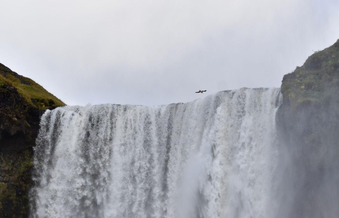 冰岛水帘洞瀑布和彩虹瀑布_图1-28
