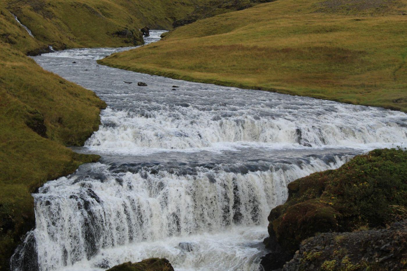 冰岛水帘洞瀑布和彩虹瀑布_图1-36