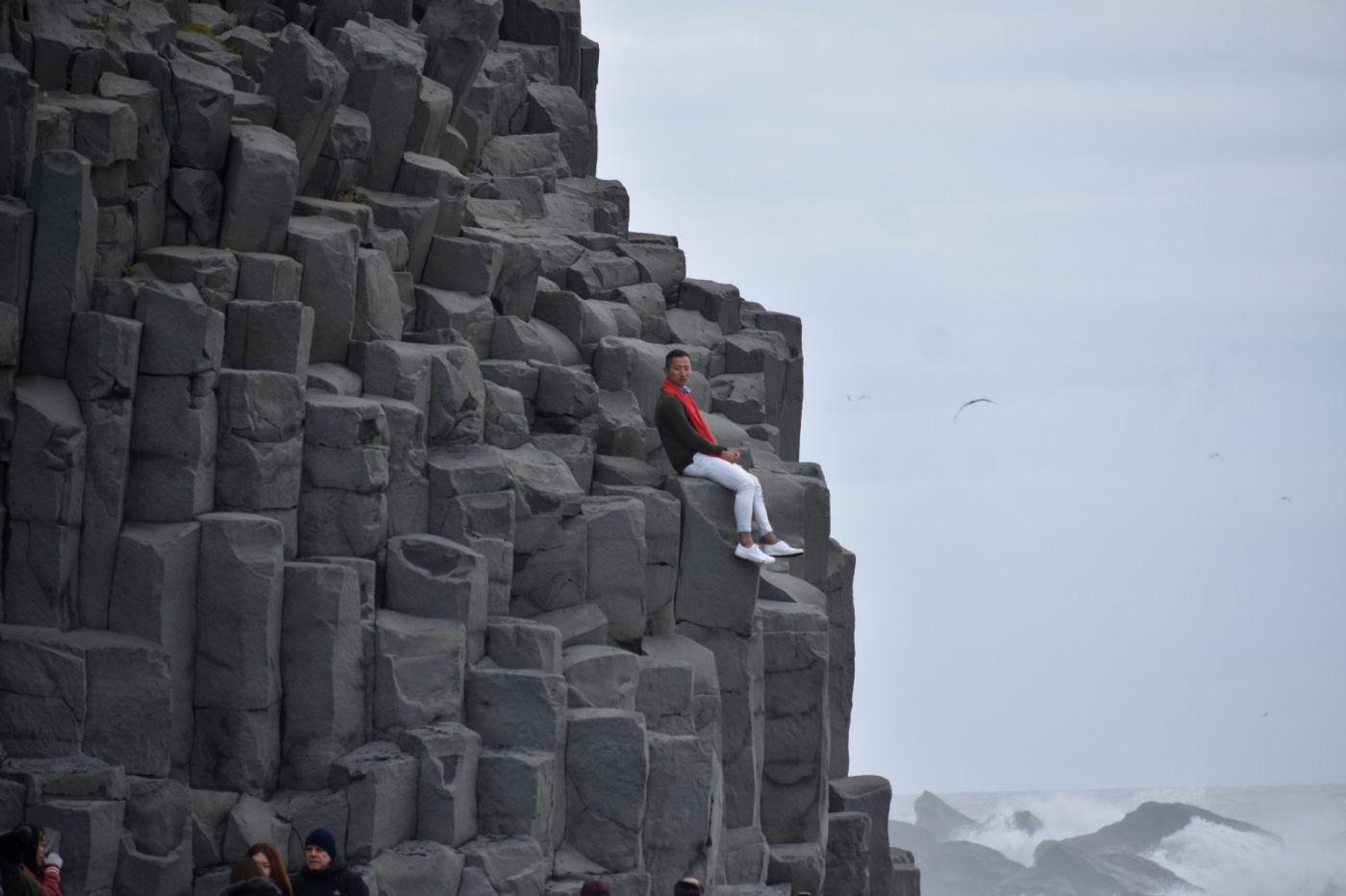 冰岛维克镇和雷尼斯黑沙滩_图1-24
