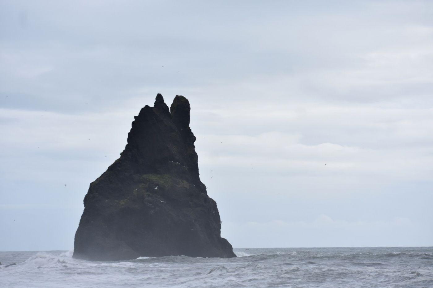 冰岛维克镇和雷尼斯黑沙滩_图1-25
