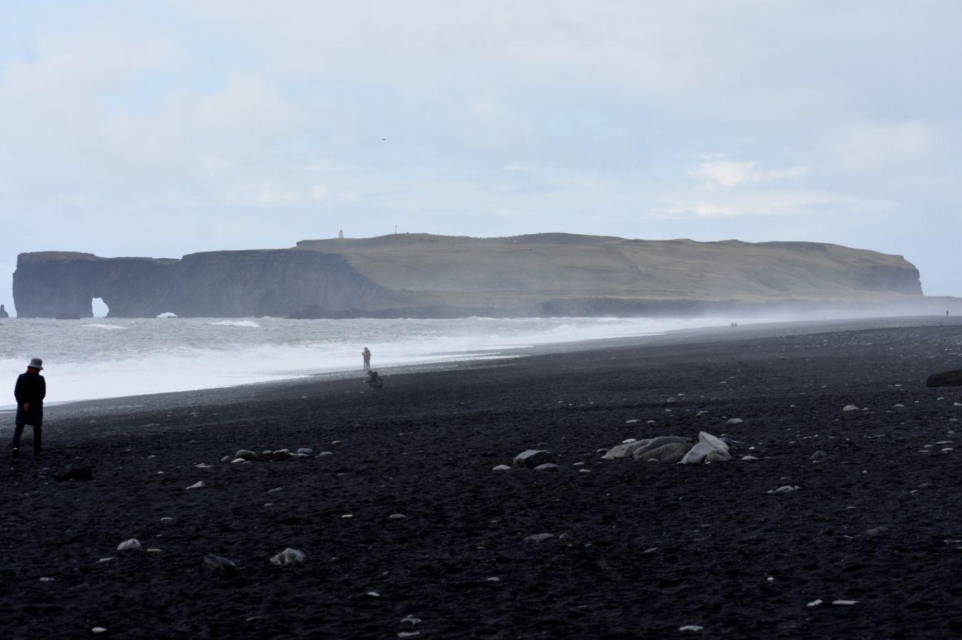 冰岛维克镇和雷尼斯黑沙滩_图1-37